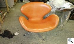 Arne Jacobsen Swan Chair after reupholstery