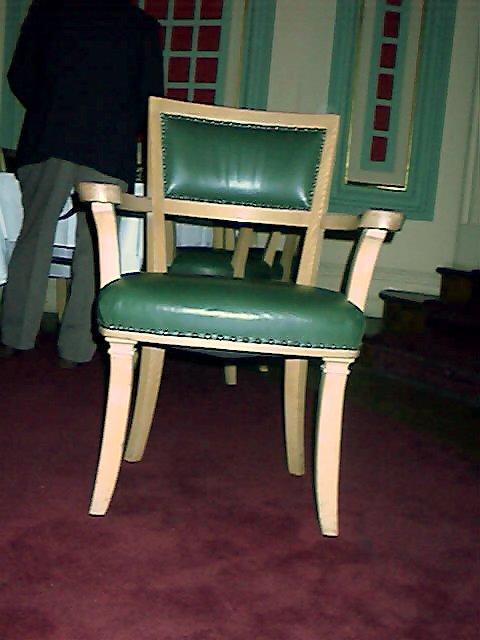 Sofás ou cadeiras estofados personalizados, tradicionais ou ...
