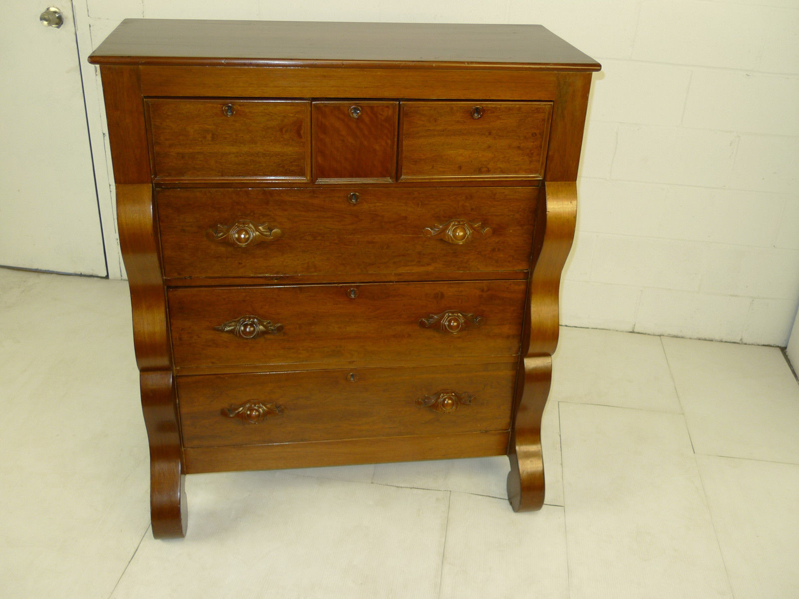 American victorian period figured cherry dresser antique american victorian period figured for Victorian bedroom furniture for sale