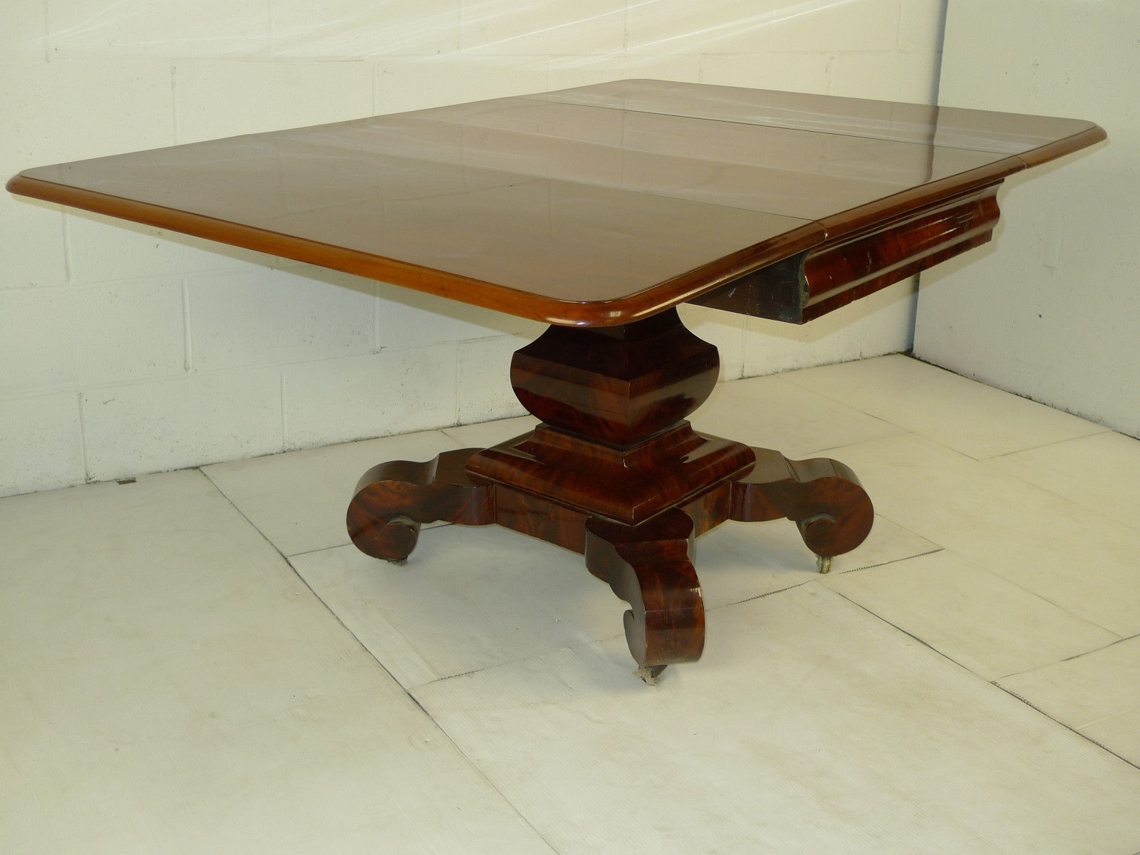 American Empire Figured Crotch Mahogany Drop Leaf Dining Table
