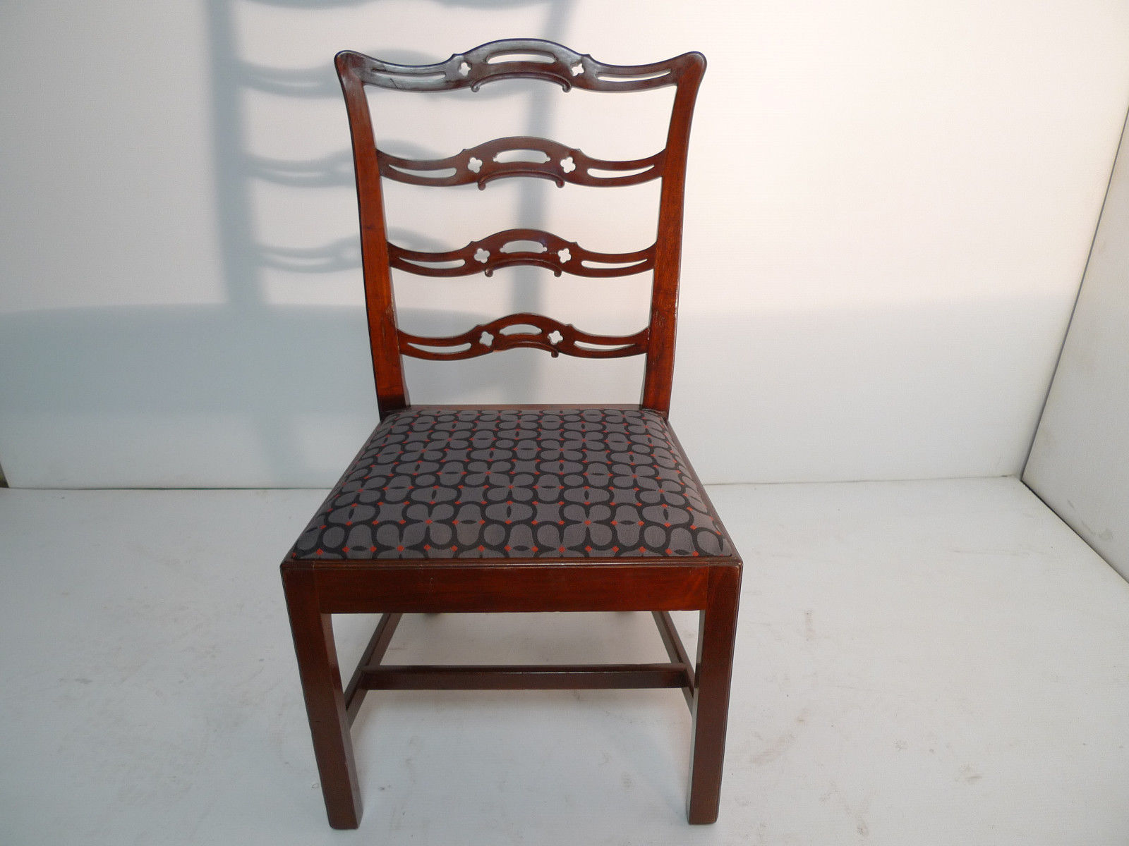 American Colonial Georgian Cherry Ladderback Side Chair Antique